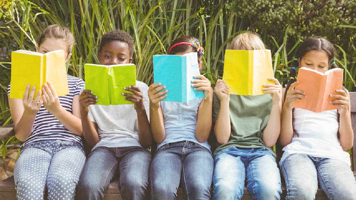 5 kids reading books featured image for the Kids can Earn Free Books from Barnes and Noble Summer Reading Program article from That Homeschool Family written by Elizabeth Dukart
